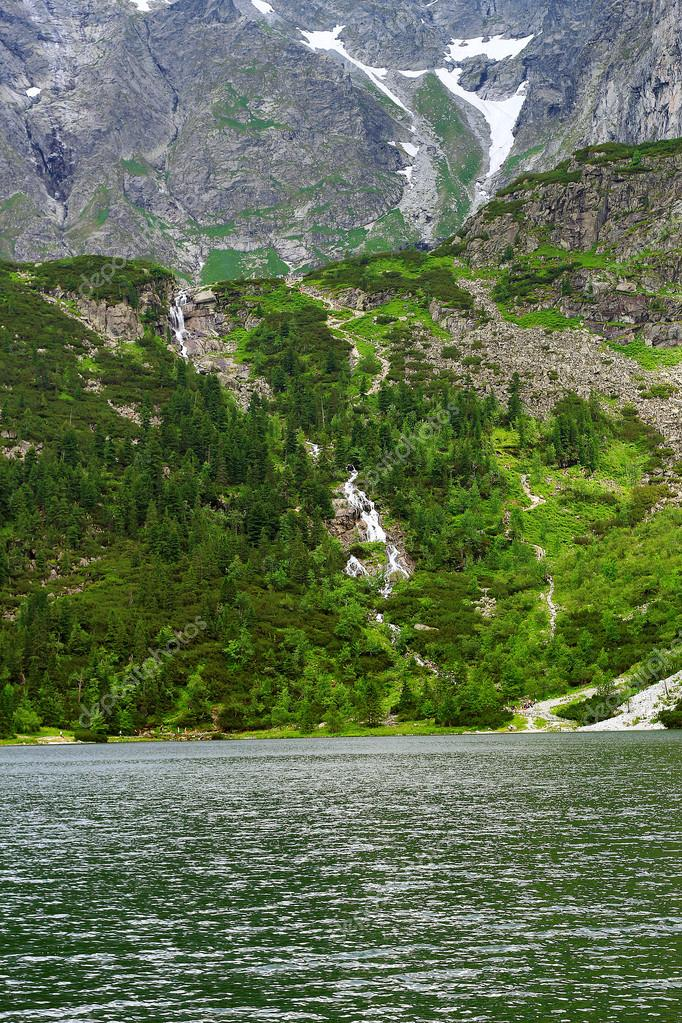 Фотообои Lake in the Tatra Mountains
