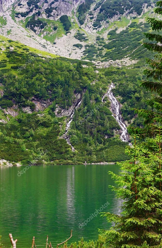 Фотообои Озеро в Татрах горы