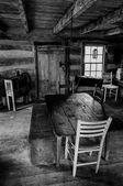 interiér historické kabiny v sky louky státní park, virginia