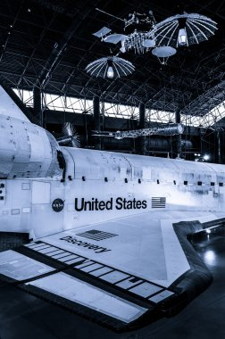 The United States Space Shuttle Discovery, at the Smithsonian Ai