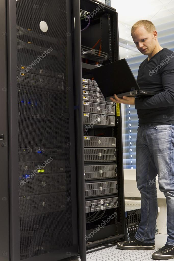 IT Engineer Monitoring Systems