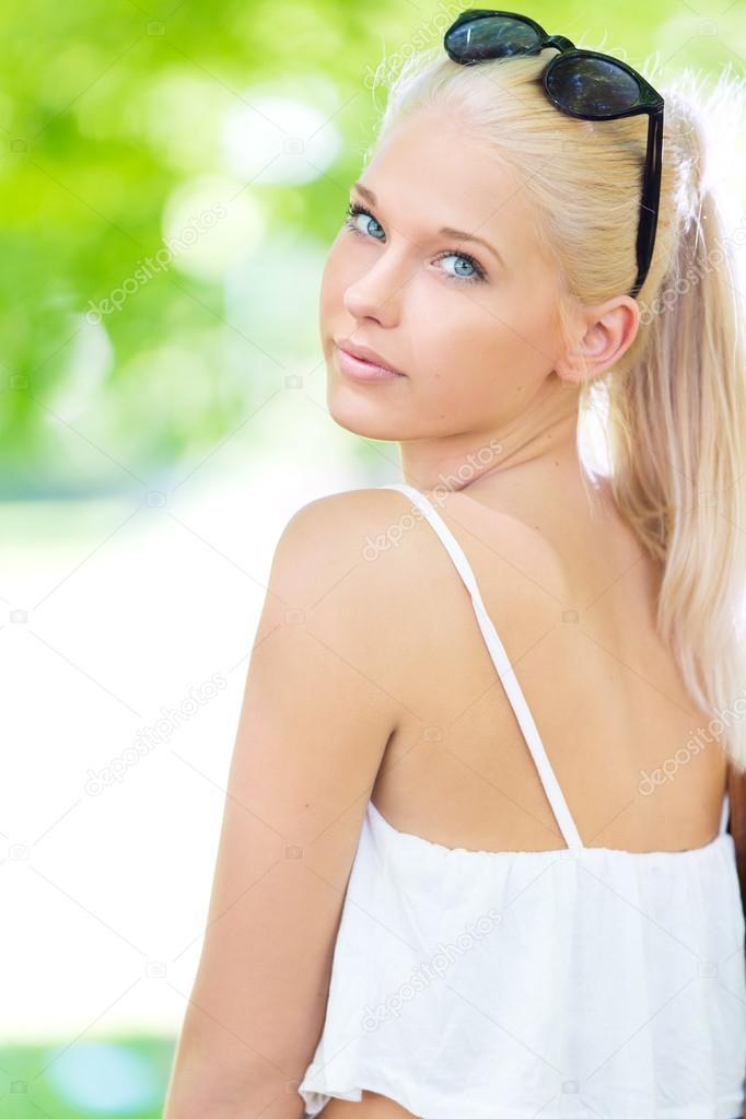 Download Blonde Teen Outdoor 53