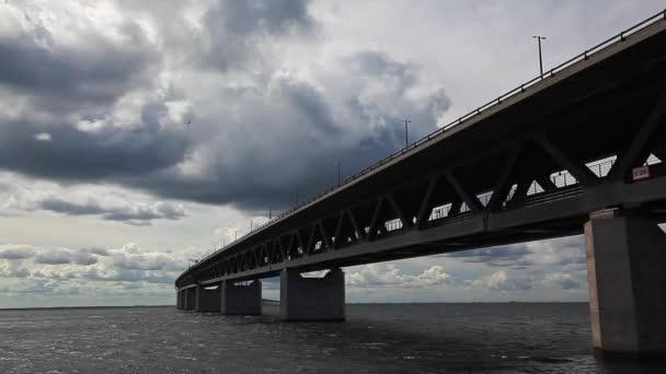 Most přes Öresund oresunds bron, most na moři, architektury krajiny ve Švédsku, západ slunce