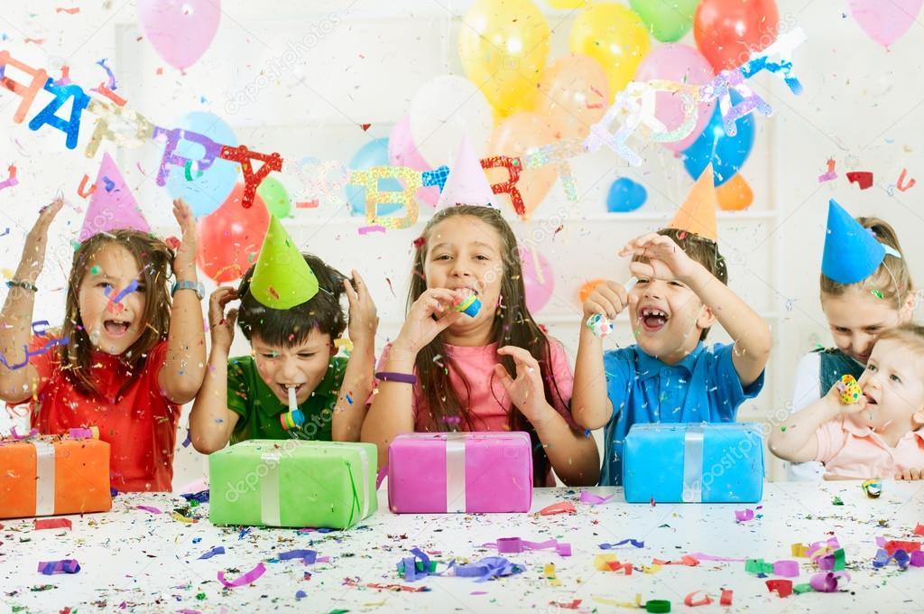 Картинка с днем рождения дома