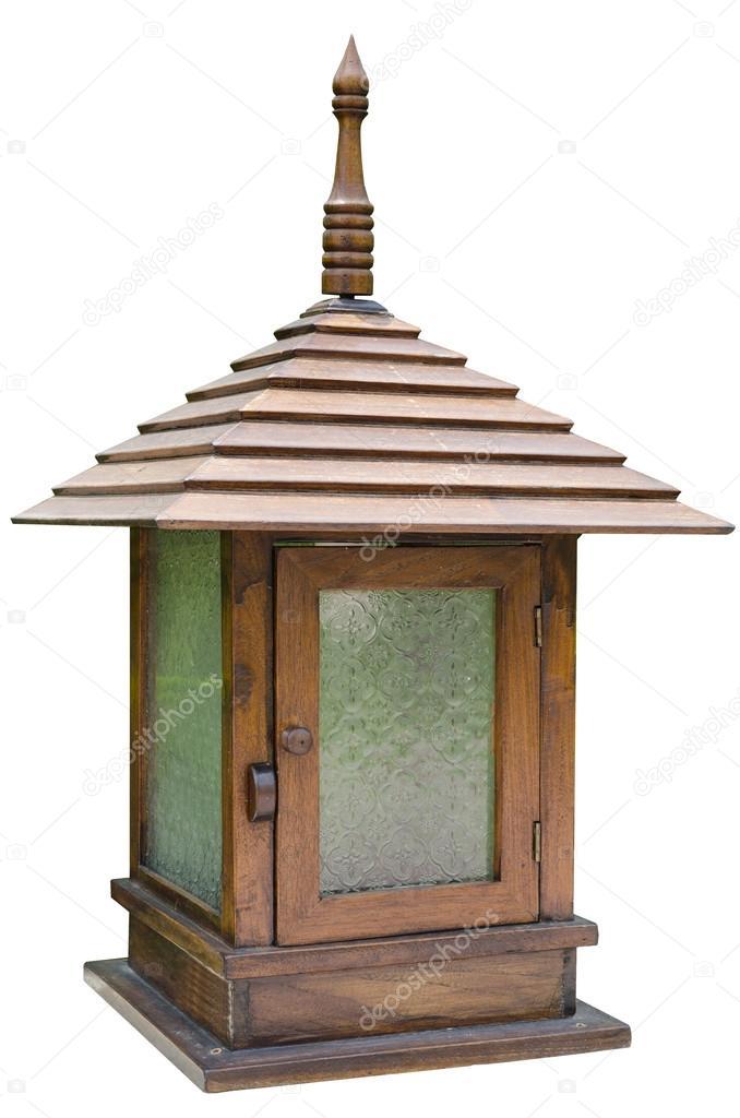 Super Klassische Holz-Außenleuchte — Stockfoto © sirikornt #31755329 NB01