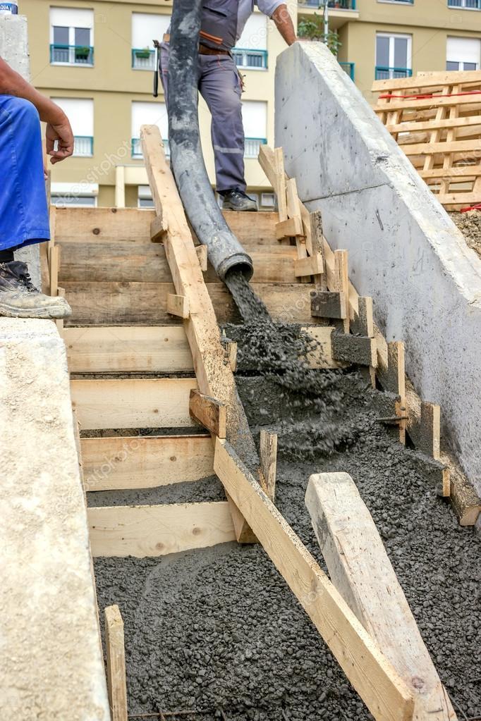 Pouring Concrete Steps 3 U2014 Stock Photo #31210255