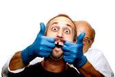 vyhnout se za každou cenu stomatolog!