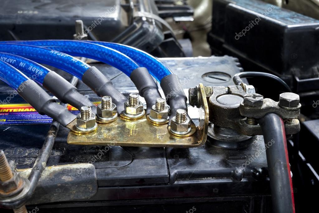 Auto-Motor-Teile — Stockfoto © AppleEyesStudio #31696085