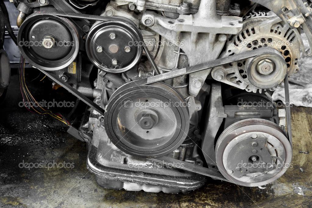 Auto-Motor-Teile — Stockfoto © AppleEyesStudio #31696369