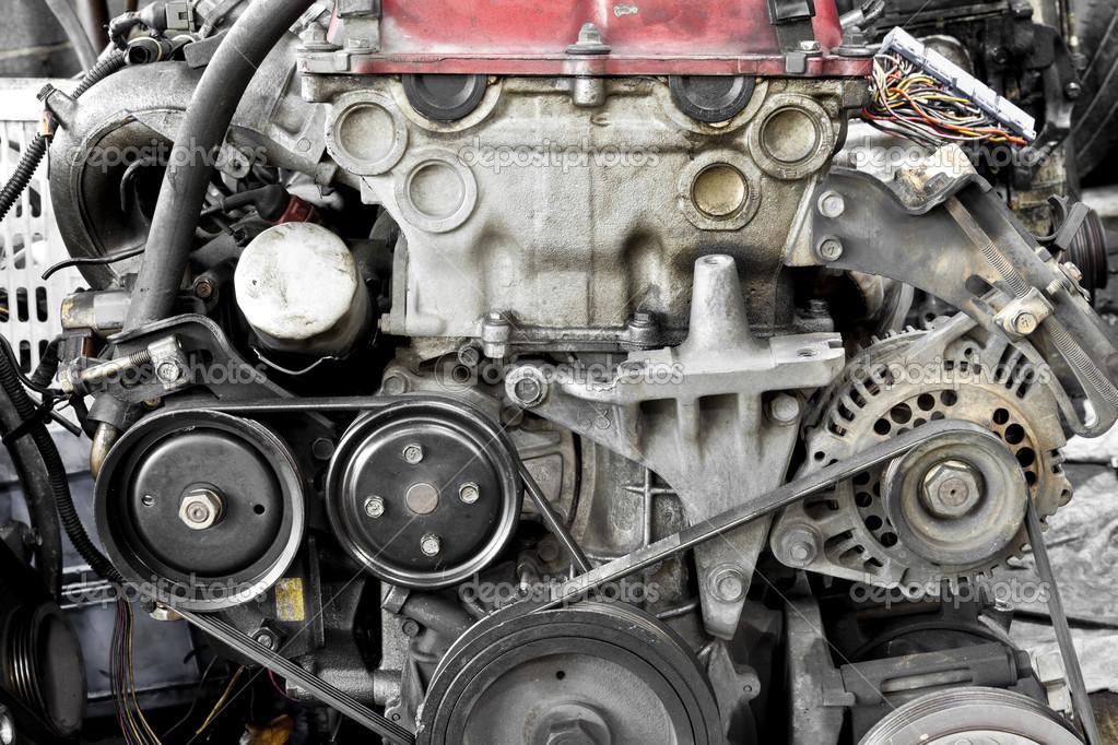 Auto-Motor-Teile — Stockfoto © AppleEyesStudio #31696831