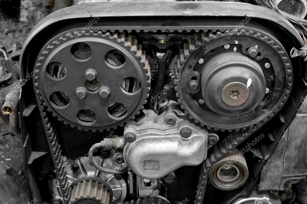 Auto-Motor-Teile — Stockfoto © AppleEyesStudio #31696895