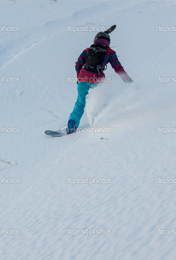 naked-snowboarding-woman