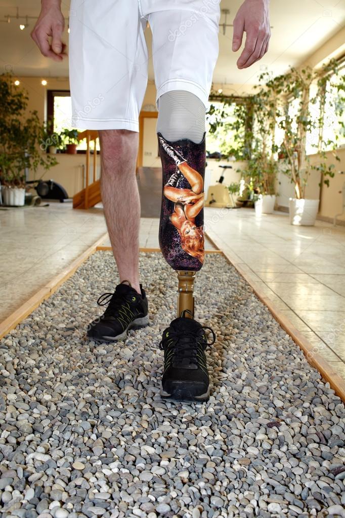 porteur de prothèse masculine apprendre à