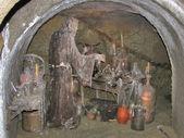 Halloween alchymista v podzemní laboratoři