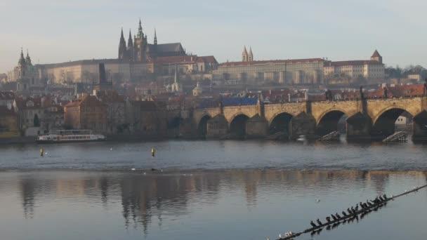 pohled na Karlův most a svatého Víta