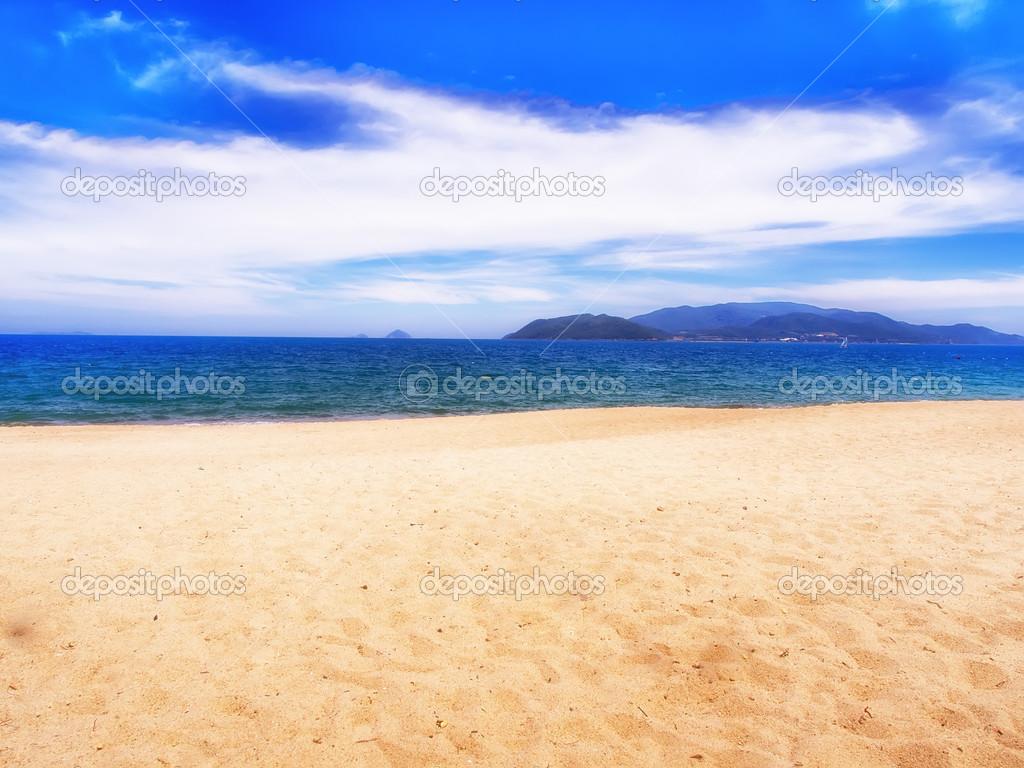 Nhatrang beach — Stock Photo © basnik_bna #28713019