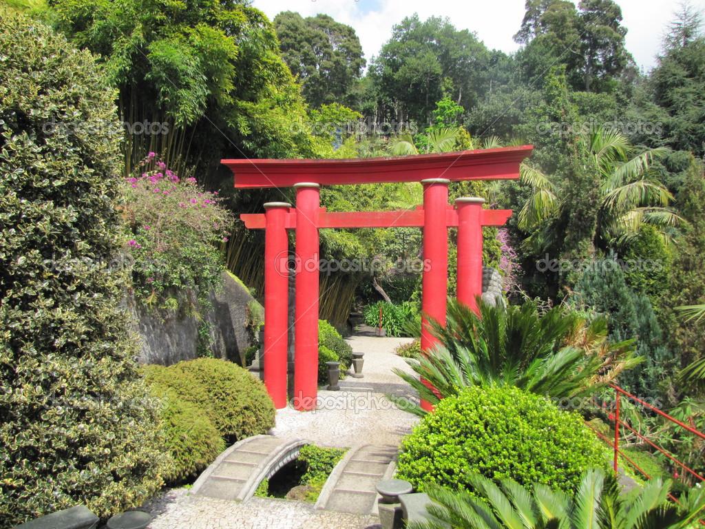 cancello torii giapponese foto stock dianaarturovna 51367235. Black Bedroom Furniture Sets. Home Design Ideas