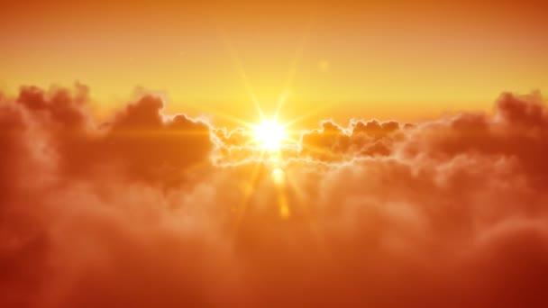 repül át a felhők, a nap este (reggel). 3d animáció zökkenőmentes. HD 1080