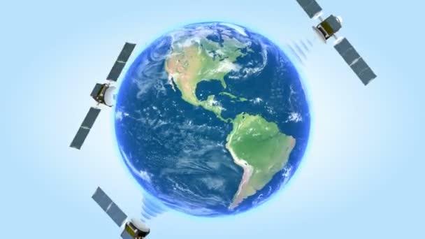 Tři satelity, které se točí kolem země na modrém pozadí vysílací vlny. 1080 p HD. Maska alfa