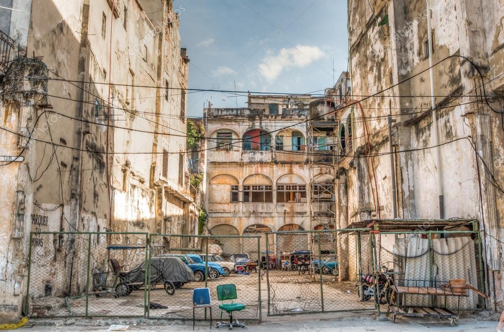 Kuba Architektur Hinterhof Stockfoto C Weltreisendertj