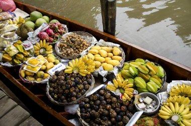 Floating Market ( Damnoen Saduak ) In Thailand
