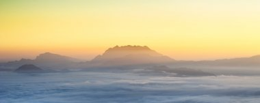Panorama view of the mountain with ocean of clouds