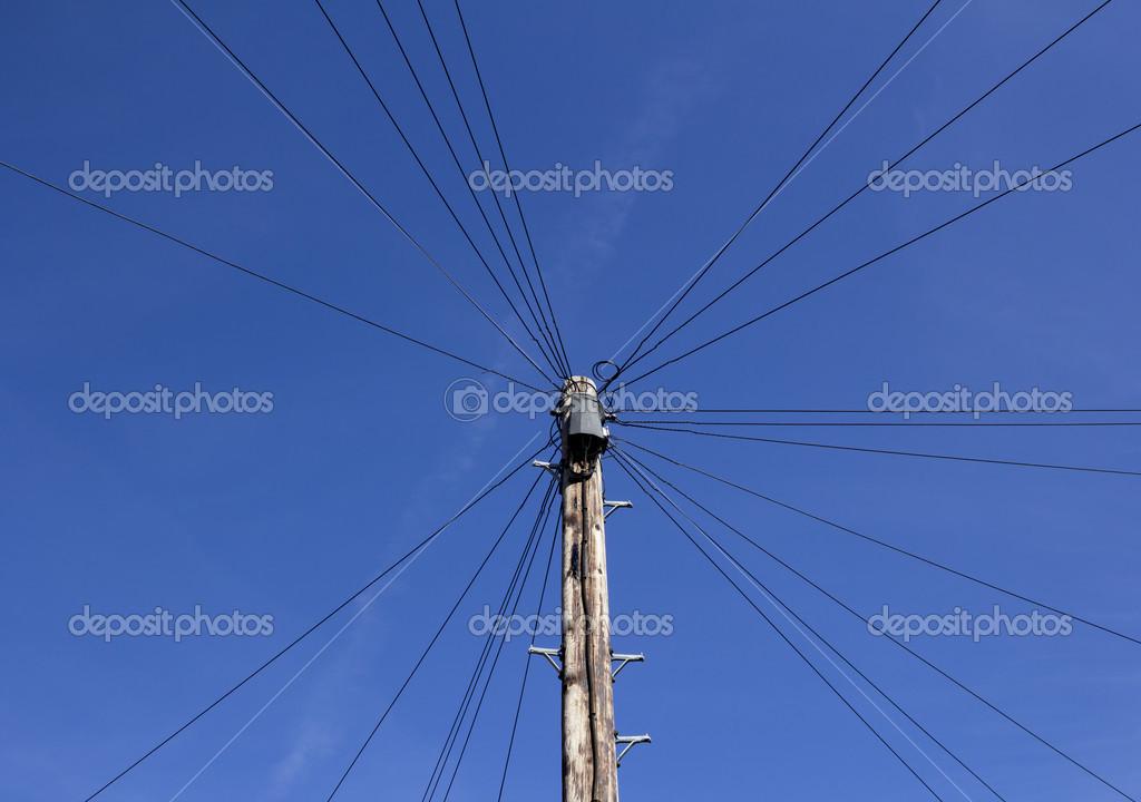 podłączyć przewody telefoniczne