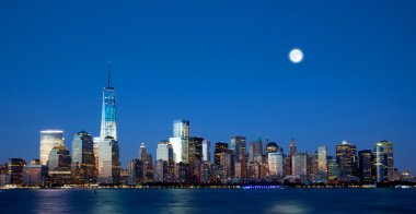 The new Freedom Tower and Lower Manhattan Skyline
