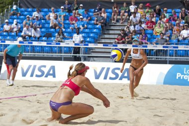 Heather Lowe (USA) in action during the FIVB International Beach Volleyball tournament