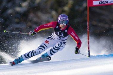 SKI: Lienz Giant Slalom