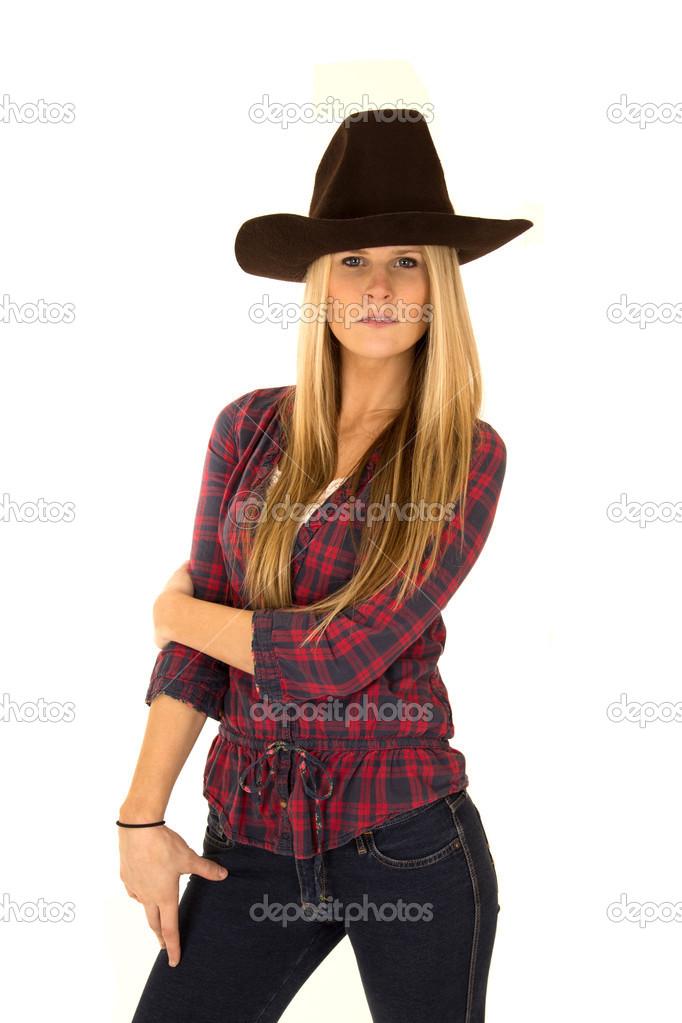 a62dd3f1cd298 Modelo de mulher com chapéu de cowboy olhar estóico — Fotografia por ...