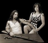 Fotografie harte sexy Mann mit harten sexy Frau und eine Schrotflinte mit shellson