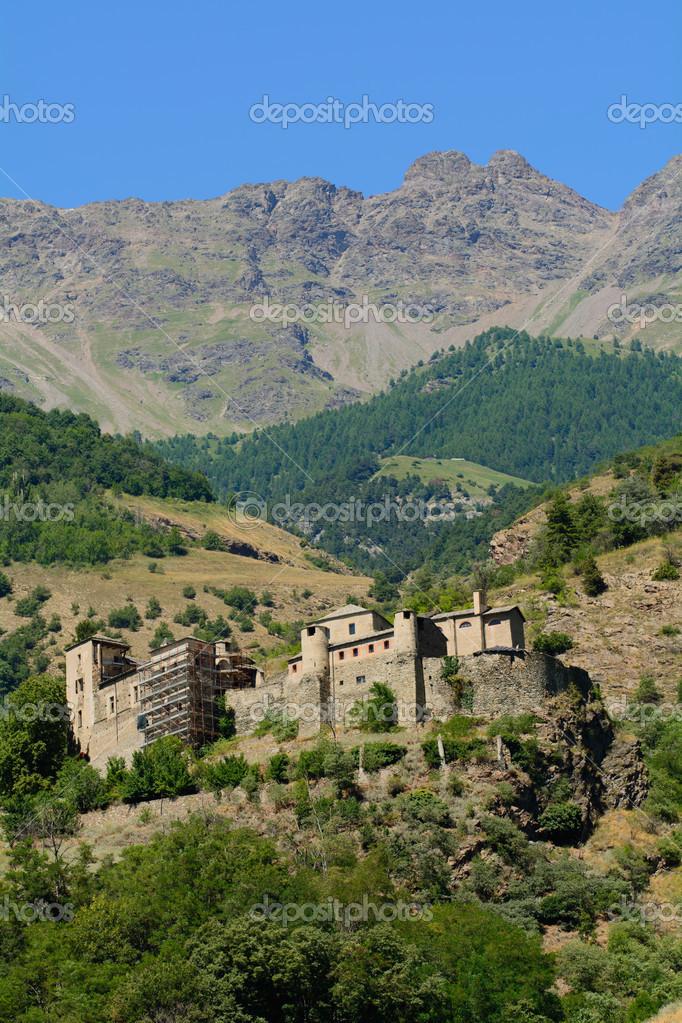 Quart Castle