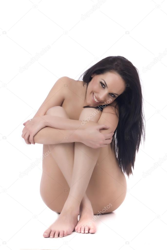 frau sitzend nackt