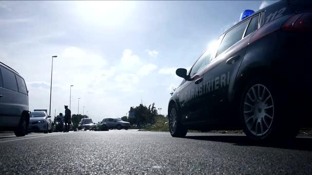 nehoda motocyklu na město silnice