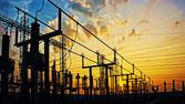 Fotografie Stromnetzes am Umspannwerk im sunrise
