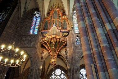 Music organ church