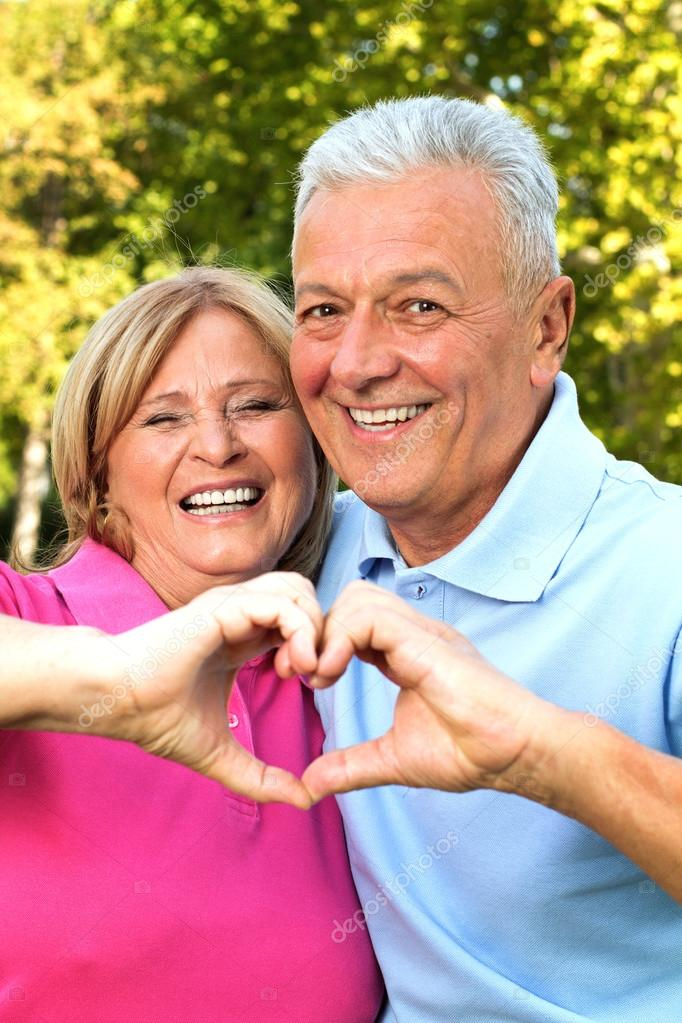 What Are The Best Senior Dating Online Sites
