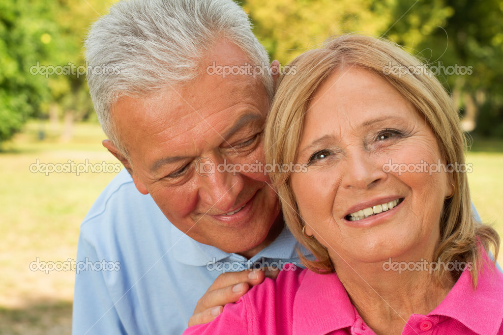 American Seniors Online Dating Services