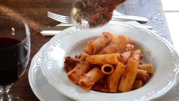 italské těstoviny, upravená posloupnost