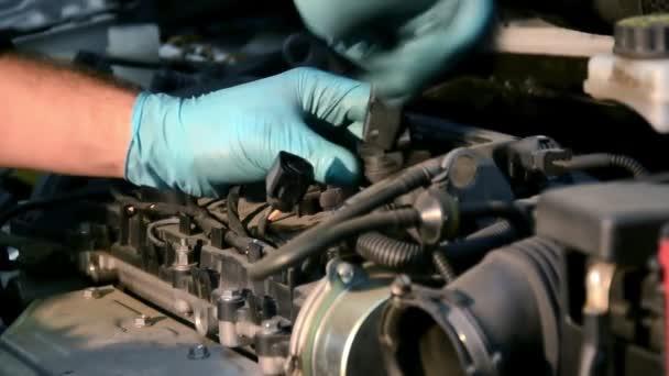 egy motor javítása