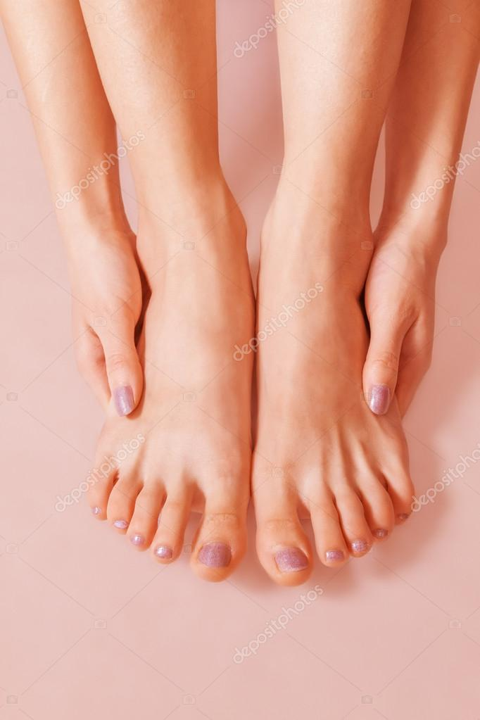 Womens bare feet images