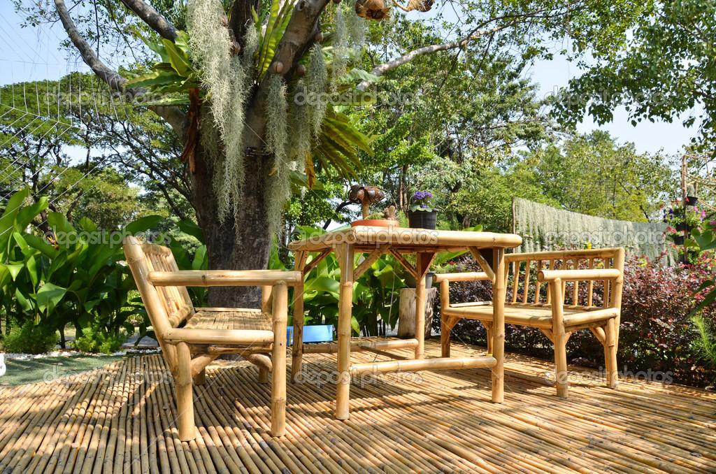 Bambusmöbel Stockfoto Zlatonn0480 42535225