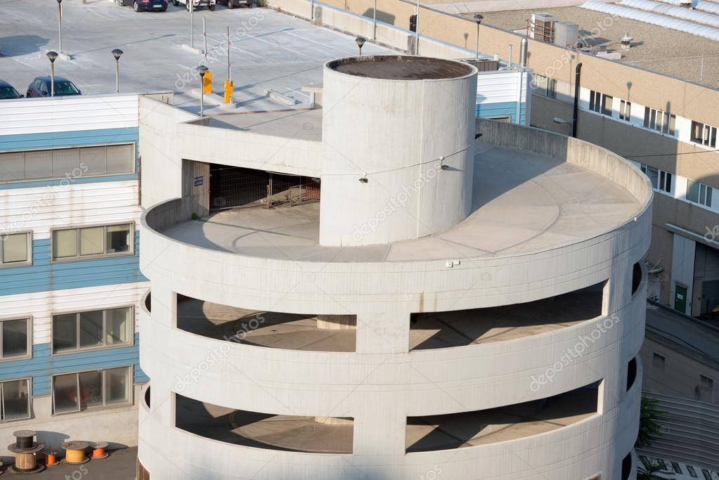 Exterior De Estacionamiento Foto De Stock