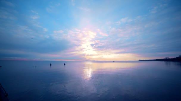 naplemente alatt a finn-öböl - 2014-re is. txt