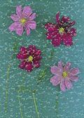 čtyři růžové květy