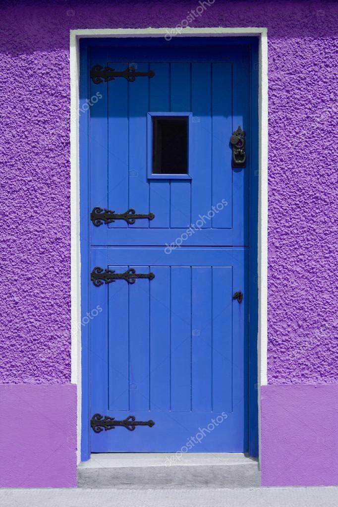Blau Lila Wand Tür U2014 Stockfoto #31717407 Photo
