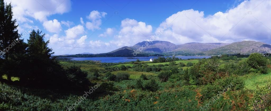 Co Cork, Hungry Hill, Adrigole Harbour & Village, Ireland