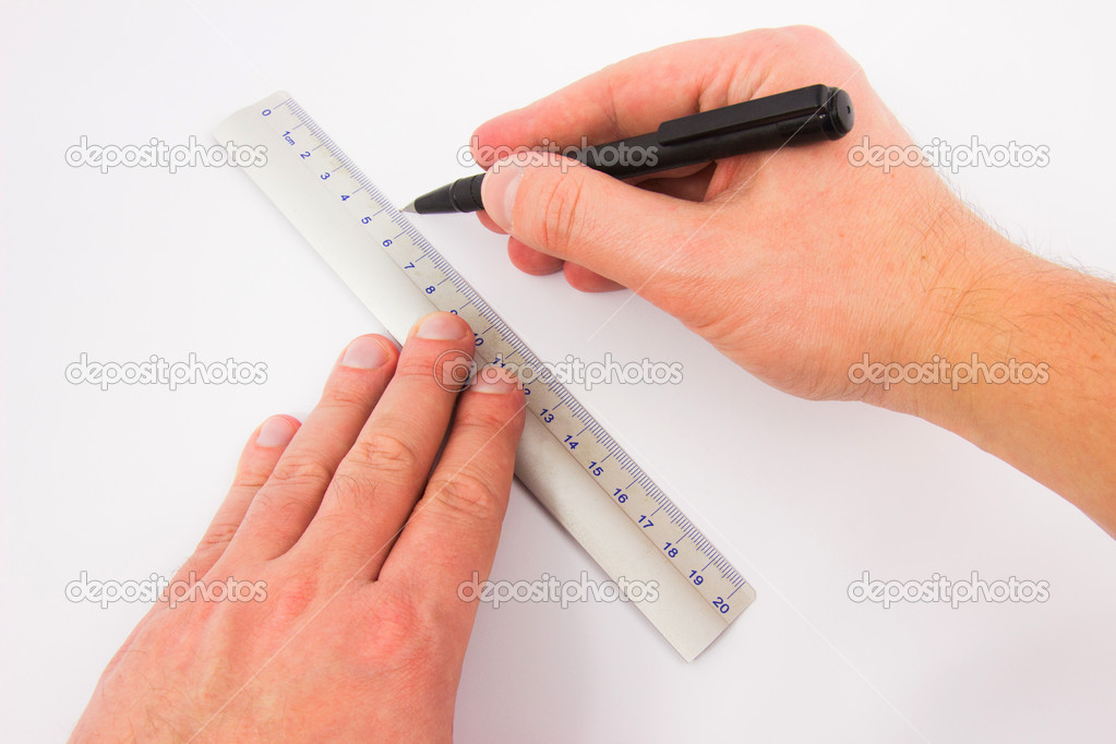 Drawing Lines Using A Ruler Ks1 : Male hands drawing a line with ruler — stock photo