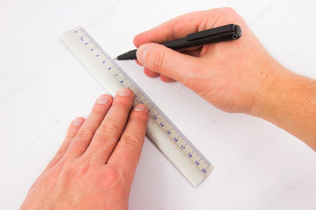 Drawing Lines Using A Ruler Ks : Male hands drawing a line with ruler — stock photo